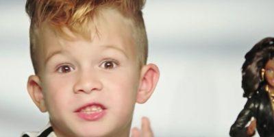 El rostro de dicha campaña es este pequeño. Foto:Vía Youtube/Moschino Official