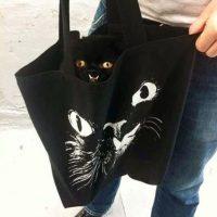 Su rostro ha sido plasmado en camisetas, suéters y bolsos. Foto:Vía Instagram/princessmonstertruck