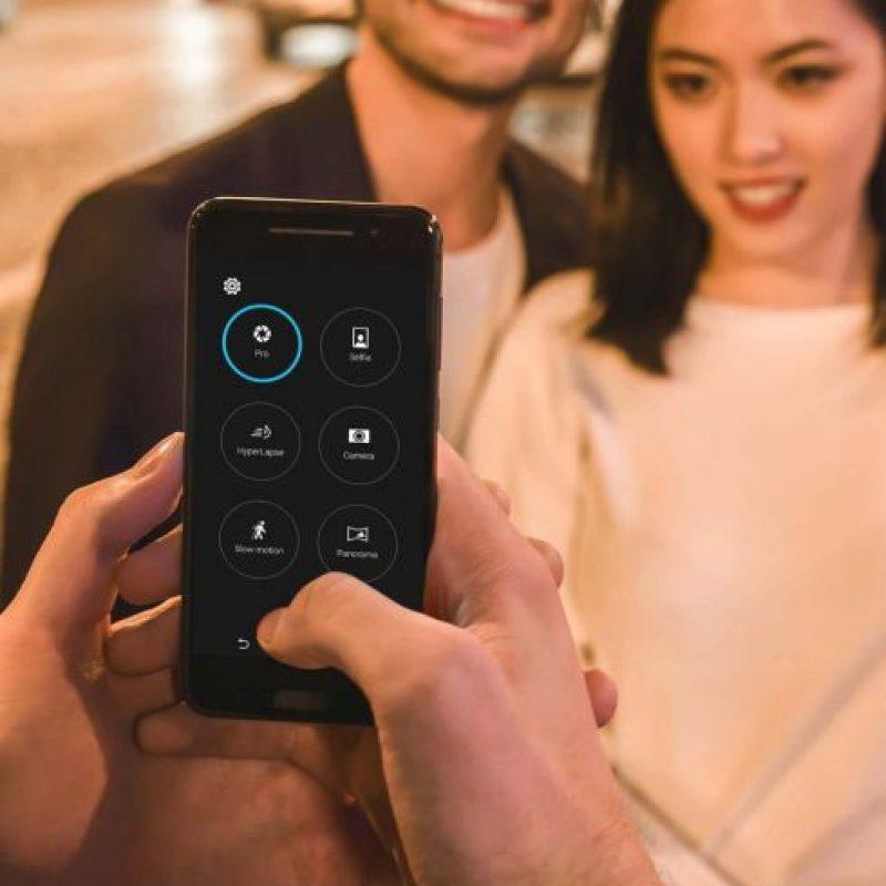 La cámara posterior incluye características para tomar imágenes en modo profesional. Foto:HTC