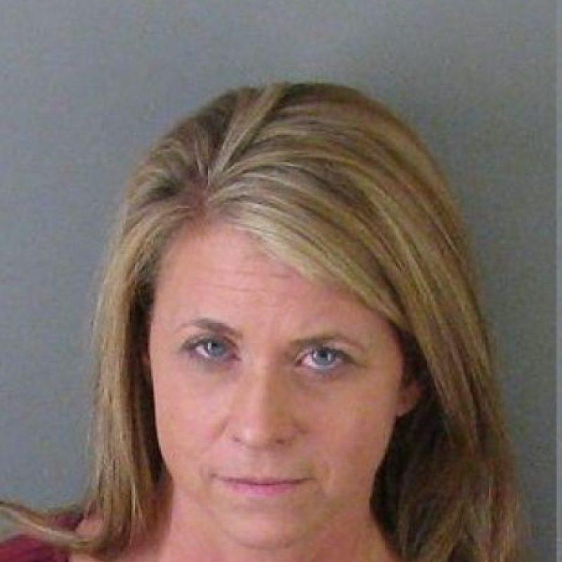 """Teika Watkins Helton, de 45 años. En 2005 fue nombrada """"Maestra del año"""" Foto:Oficina del Sheriff del Condado de Gaston"""