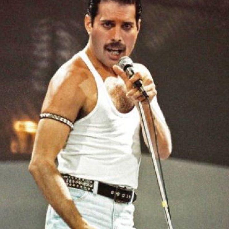Freddie Mercury es uno de los casos más famosos y dolorosos, sobre todo para sus fans y para la historia del rock y la música en general. Foto:vía Getty Images