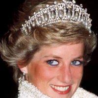 Diana tuvo problemas de bulimia, depresión posparto. Llegó a amenazar por teléfono a Camilla. Foto:vía Getty Images