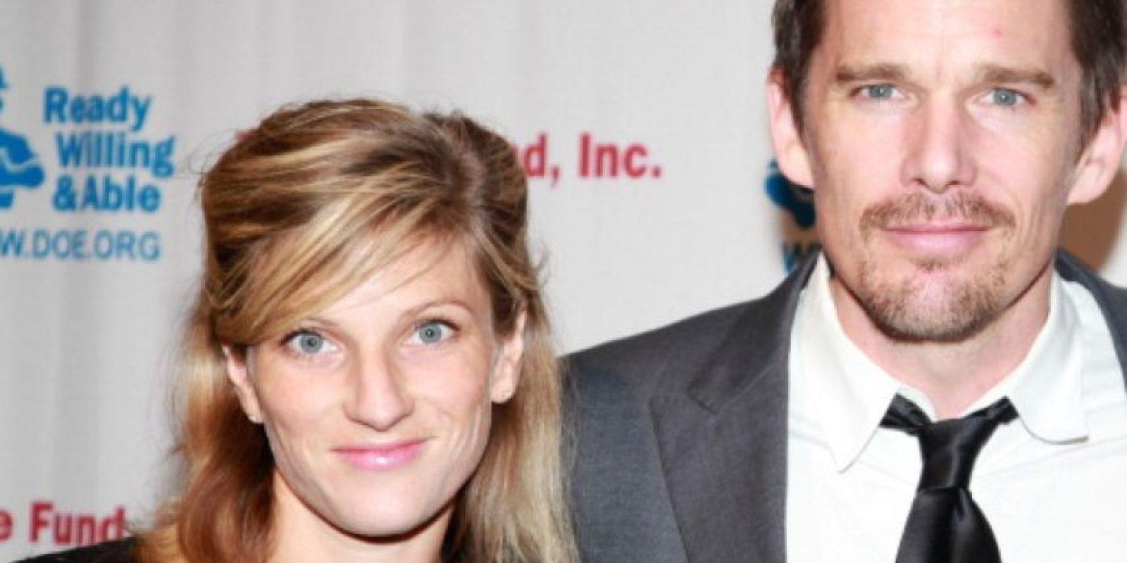 Y su exmarido Ethan Hawke la cambió por la niñera, Ryan Shawhughes. Foto:vía Getty Images
