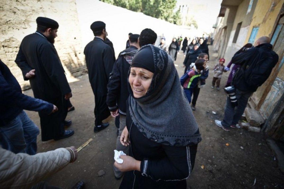 Las mujeres se convierten en esposas yihadistas. La tarea de algunas es asegurarse de que se cumpla la ley islámica. Foto:AFP