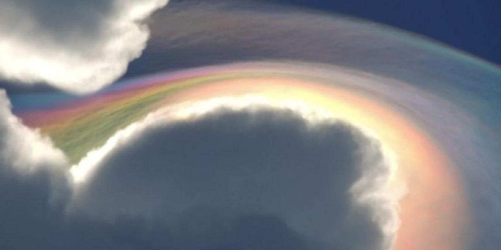 5. Este fenómeno se conoce como nube iridesente, fue registrada en Jamaica este mes Foto:Vía Facebook.com/beckie.dunning