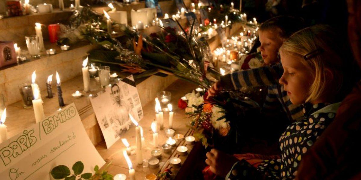 Entre homanajes y manifestaciones: París a una semana de los atentados
