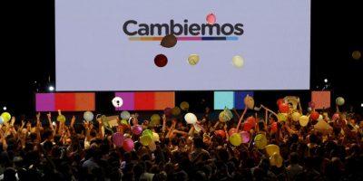 """Por otro lado, los seguidores de Mauricio Macri festejan en el búnker de """"Cambiemos"""" Foto:AP"""