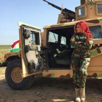 """Esto, debido a su intento por conseguir apoyo mundial para la causa kurda mediante sus canciones y videos """"revolucionarios"""". Foto:Vía Instagram/@hellyluv"""
