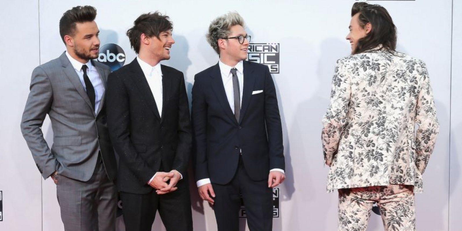 One Direction se llevó el máximo reconocimiento en los AMAs 2015 Foto:Getty Images
