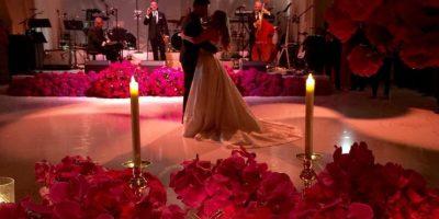 La pareja deleitó a sus invitados con el vals. Foto:Vía Instagram @sofiavergara