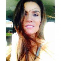 """Sin embargo ella se negó: """"Diario me llegan mensajes de que mis fotos les parecen inspiracionales. A estas mujeres les gusta mi historia y la están siguiendo"""". Foto:Instagram.com/Minscakes"""