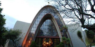 Capilla de los Santos Apóstoles del Gimnasio Moderno Foto:lauravision.com