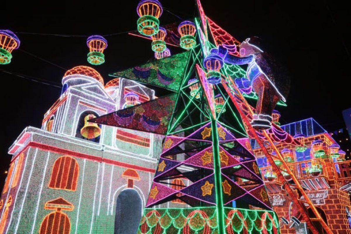 """Inicia el """"Carnaval de luz"""", se hará el encendido del Alumbrado Navideño más importante del país. No se lo puede perder. Foto:Cortesía: EPM"""