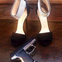 Y no olvidemos su afición por las armas Foto:vía instagram.com/missale_xo