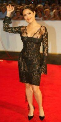 Vestidos ceñidos, y escotes parecen ser los favoritos de la actriz. Foto:Getty Images