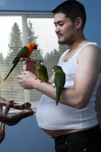 """Fue el primer """"hombre embarazado"""" del mundo. Foto:vía Getty Images"""