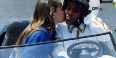 """Y al ser el """"Kanye West"""" de la escuela consiguió un poco de atención. Pero un poco. Foto:vía Canal de las Estrellas"""