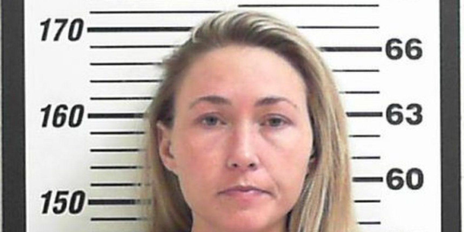 Brianne Altice, fue acusada de tener relaciones sexuales con alumnos. Foto:Davis County Sheriff's Office