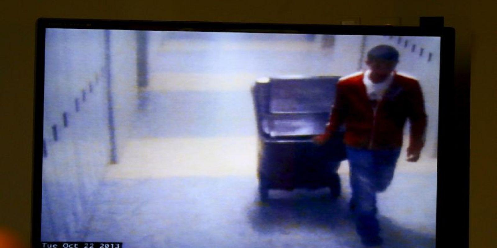 De acuerdo con los fiscales, el joven luego de abusar de su maestra, la mató y le robó algunas de sus pertenecias. Foto:AP