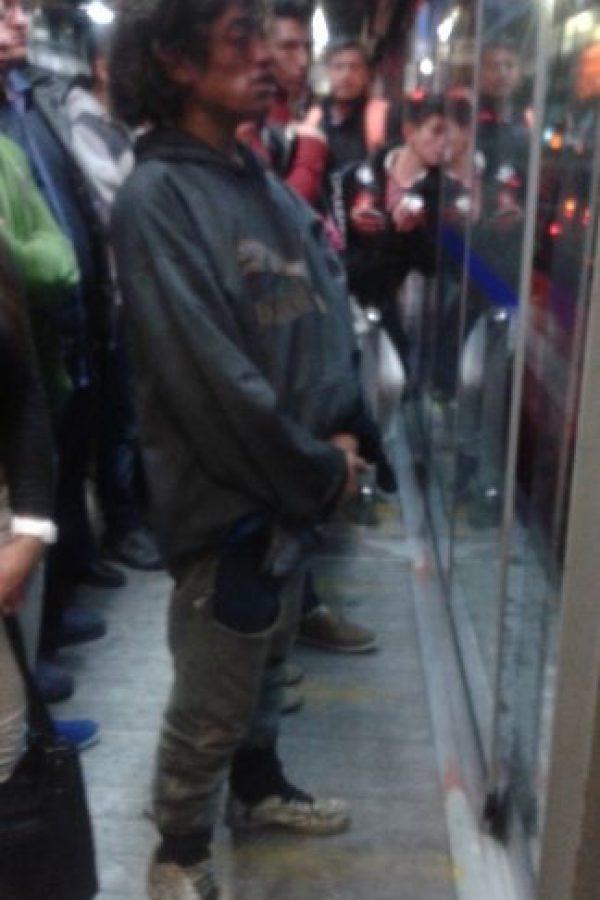 Mientras tanto, esperando el TransMi Foto:Transmileniada Fotográficas Facebook