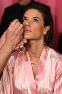 Incluso cuando no lleva maquillaje. Foto:Getty Images