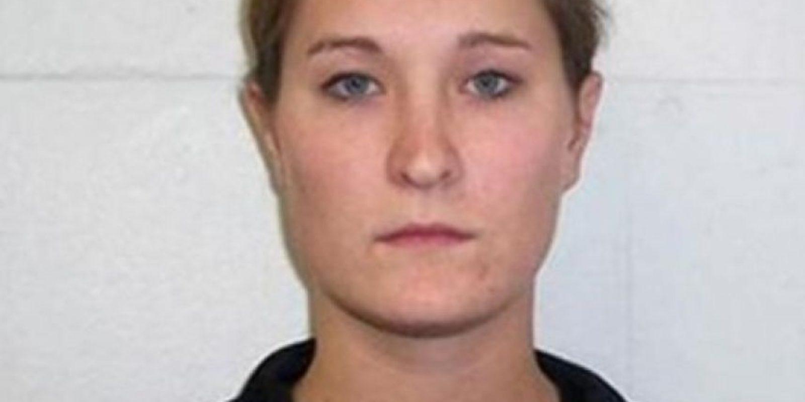 Ashley Anderson era maestra de matematicas en Iowa hasta que fue acusada de tener relaciones sexuales inapropiadas con cuatro estudiantes. Foto: Iowa Department of Public Safety