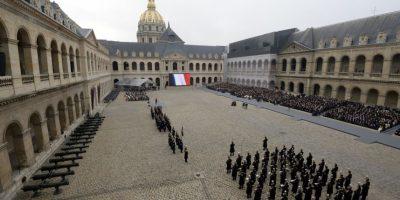Homenaje a las 130 víctimas de los atentados terroristas en París. Foto:AFP