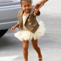 Y el día que le pidió a los paparazzi que no le tomaran fotos en camino a su clase de ballet. Foto:vía instagram.com/kimkardashian