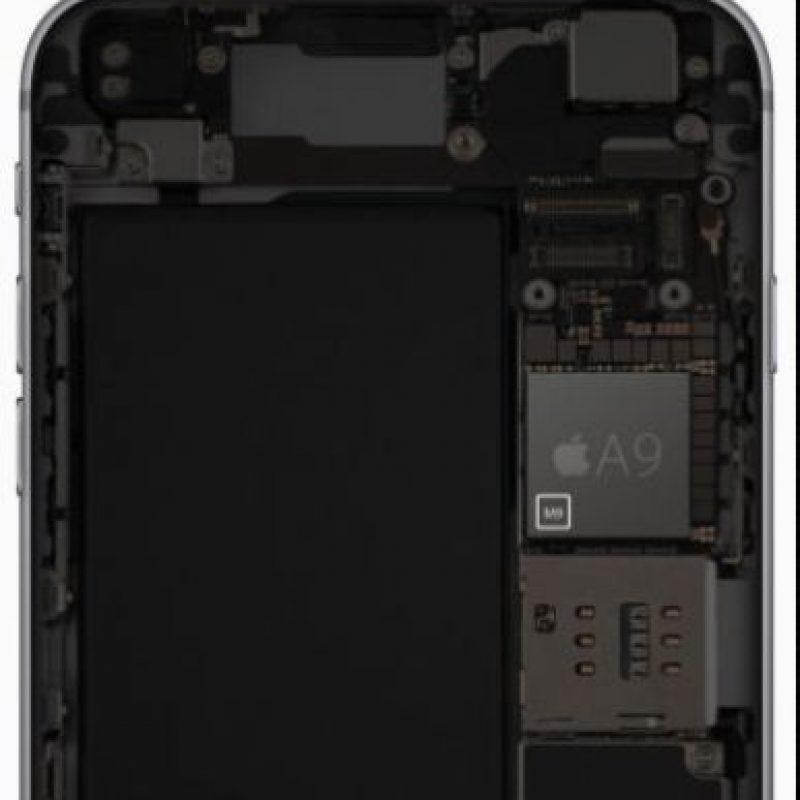 El procesador A9 y el coprocesador M9. Foto:Apple