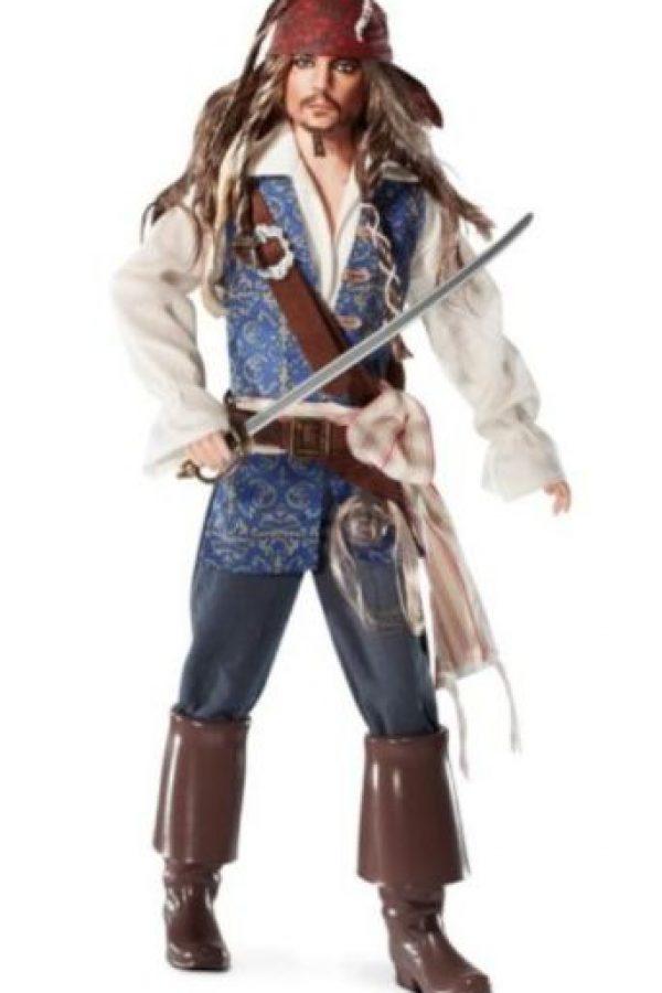 """Johnny Depp en """"Piratas del Caribe"""". Foto:vía Mattel"""