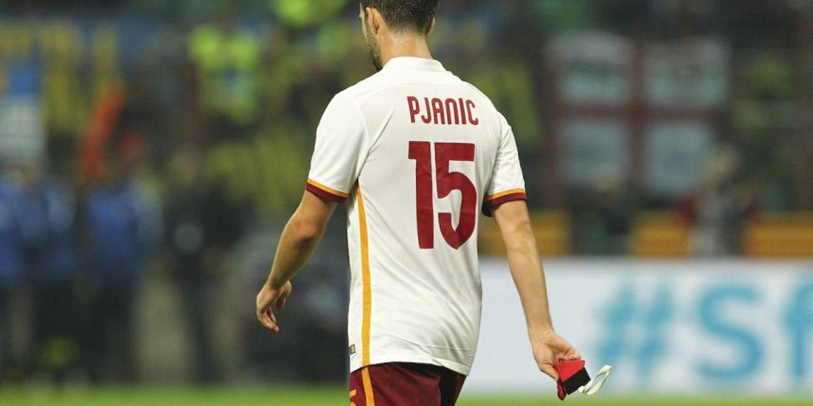 Tiene 25 años de edad, es mediocentro y tiene gol. Foto:Getty Images