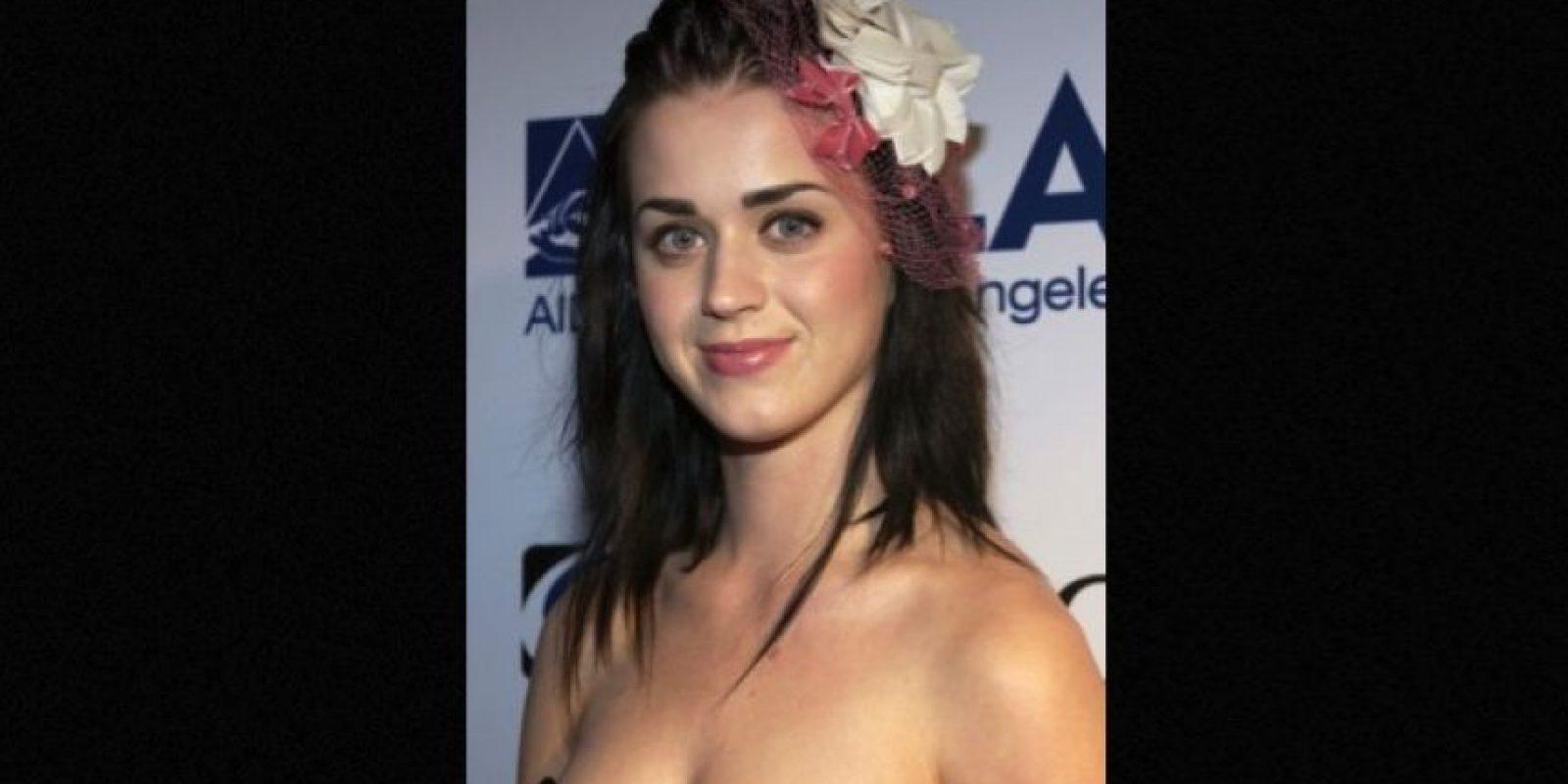 """Luego de varios años de cantarle a la religión, su primer sencillo fue """"I Kissed a Girl"""". Foto:Getty Images"""