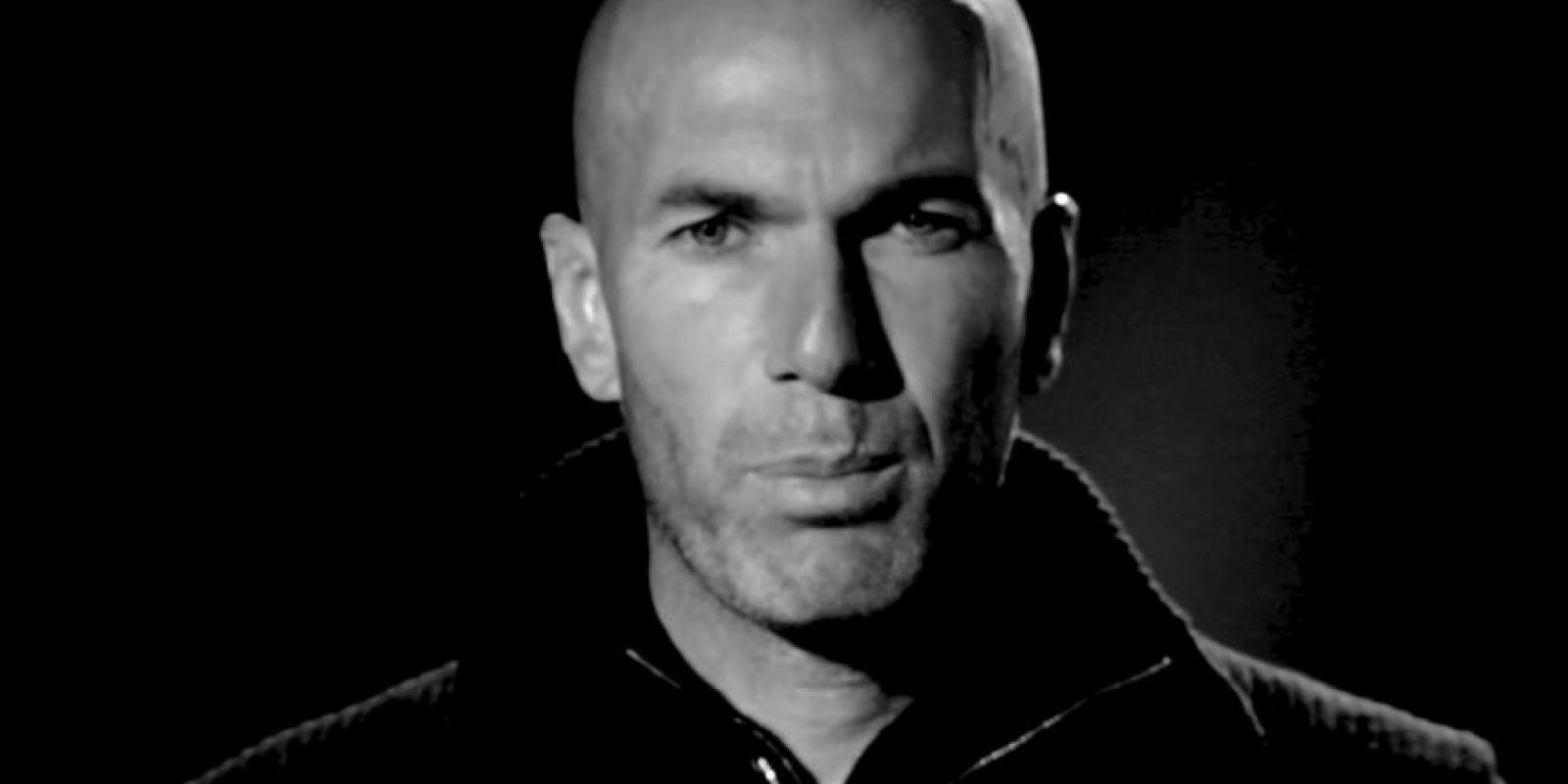 Zinedine Zidane, exfutbolista y campeón del mundo con Francia. Foto:vía PSG – Paris Saint-Germain / YouTube
