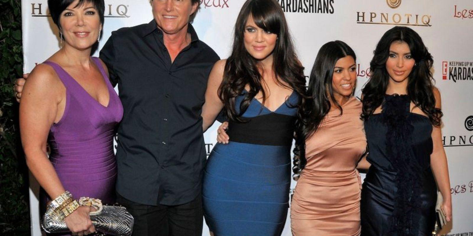 Y Bruce se convirtió en el nuevo patriarca de una de las familias más populares de la televisión. Foto:Getty Images