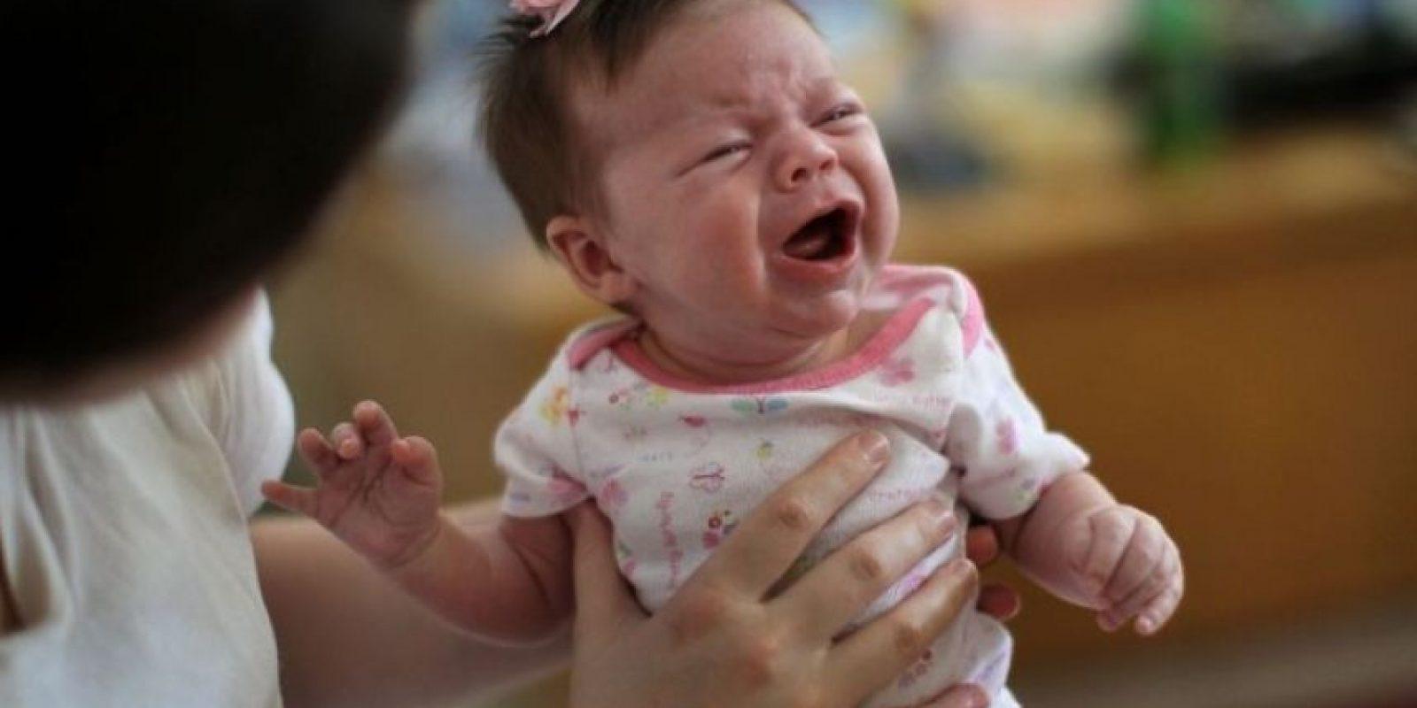 La recién nacida Amel se convirtió en una víctima más de la violencia en Siria, pues su madre fue herida durante un bombardeo encontrándose embarazada de nueve meses. Foto:Getty Images