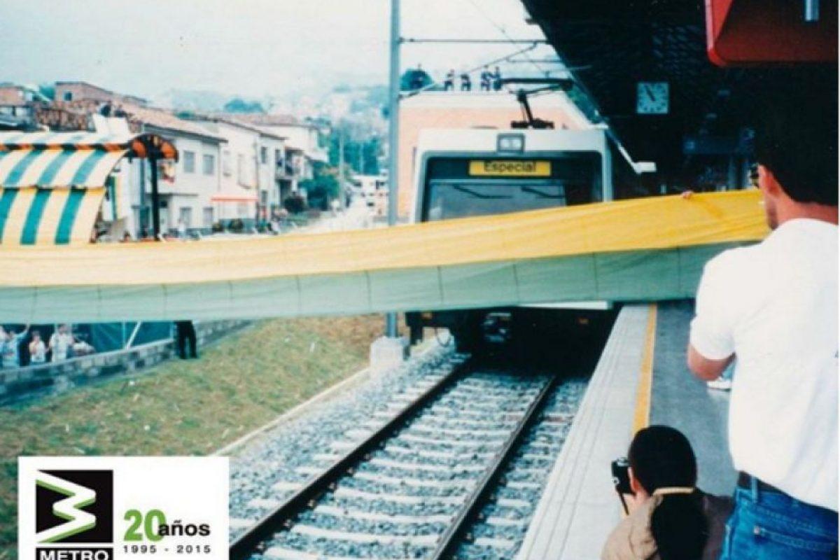 A las 11:00 a.m. inició la operación comercial del Metro de Medellín el 30 de noviembre de 1995 Foto:Tomada de Instagram @metromedellin