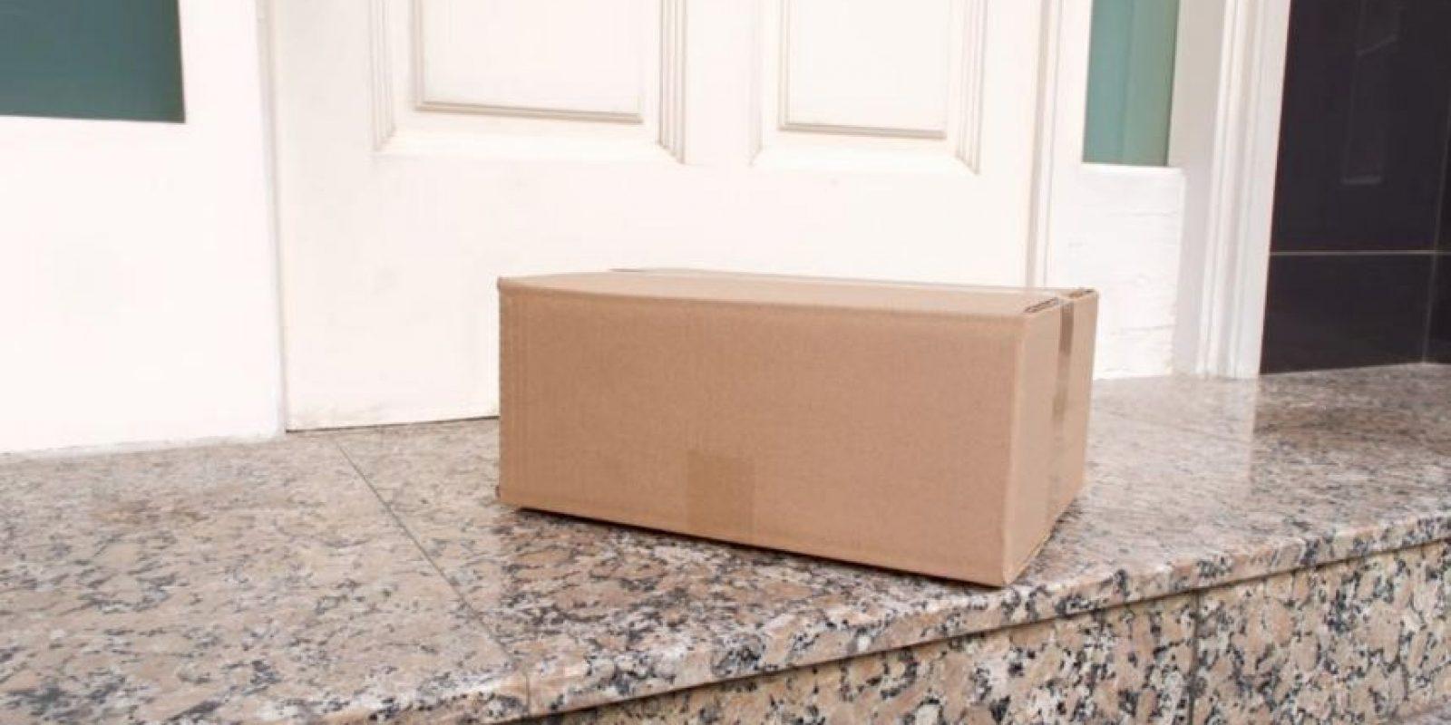 Así fue como la familia encontró el paquete. Foto:Vía facebook.com/ArlingtonPolice