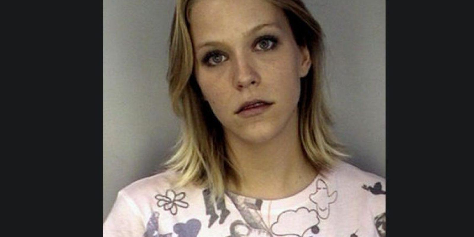 Debra Lafave fue acusada en Florida de abusar a un menor de 16 años. Foto:Hillsborough County Jail