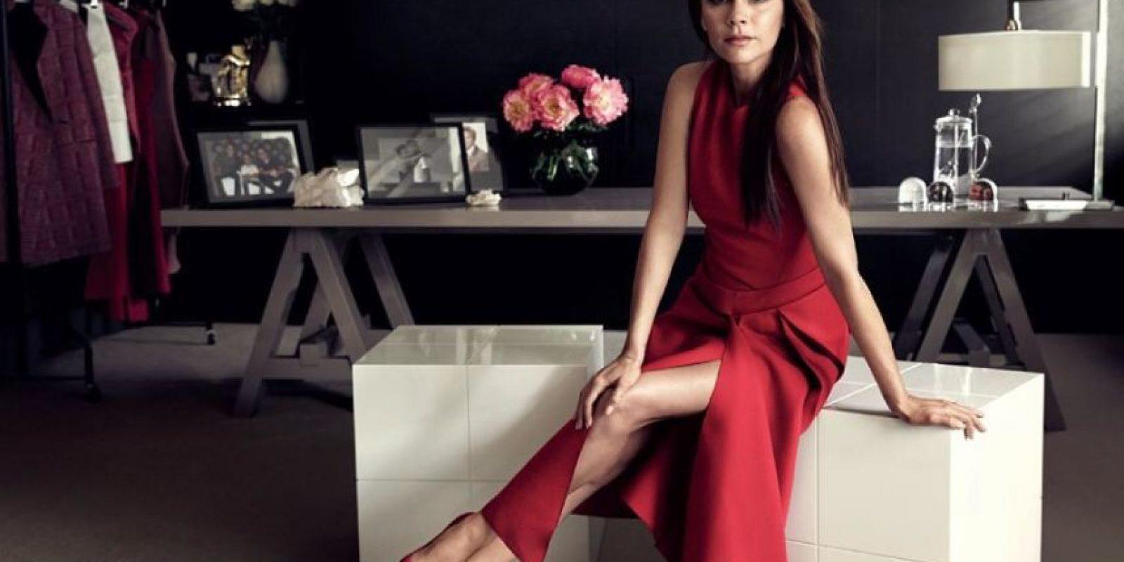 3. La socialité Victoria Beckham es duramente criticada por emplear a modelos extremadamente flacas. Foto:Vía Instagram/VictoriaBeckham