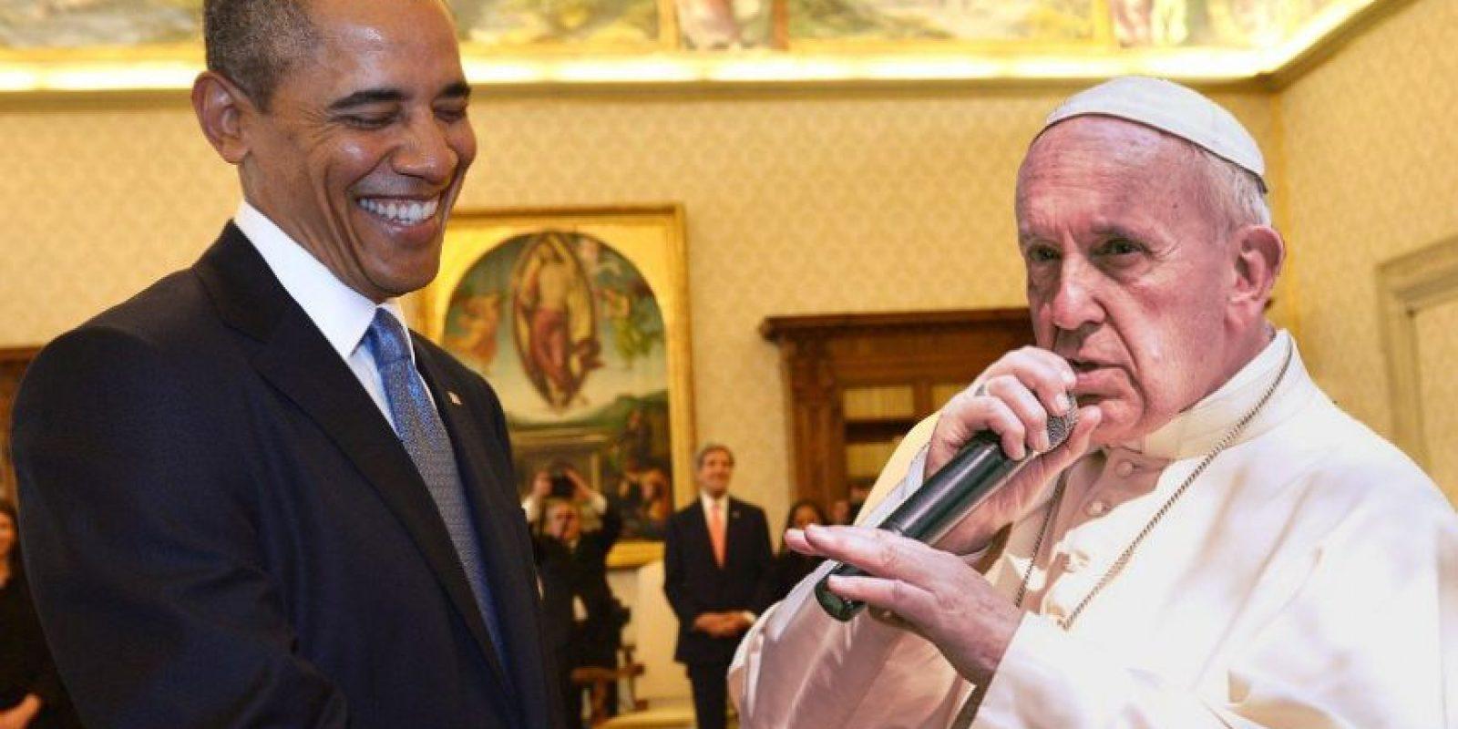 """El papa le """"cantó"""" al presidente de Estados unidos, Barack Obama. Foto:Vía imgur.com/icEPzjc.jpg"""