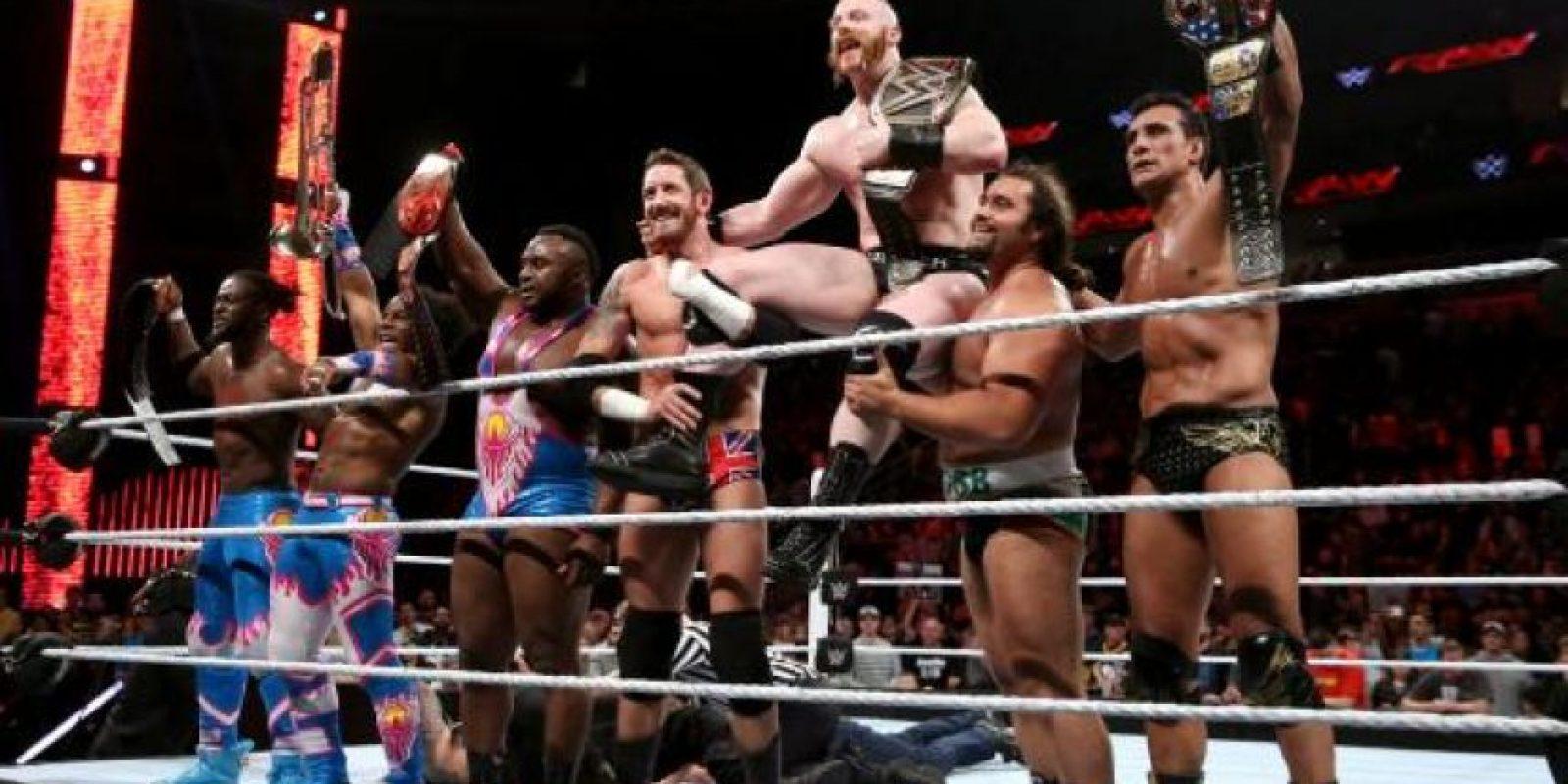 Está integrada por Sheamus, Campeón Mundial Peso Pesado; Alberto del Río, Campeón de Estados Unidos, el búlgaro Rusev y el británico King Barrett Foto:WWE