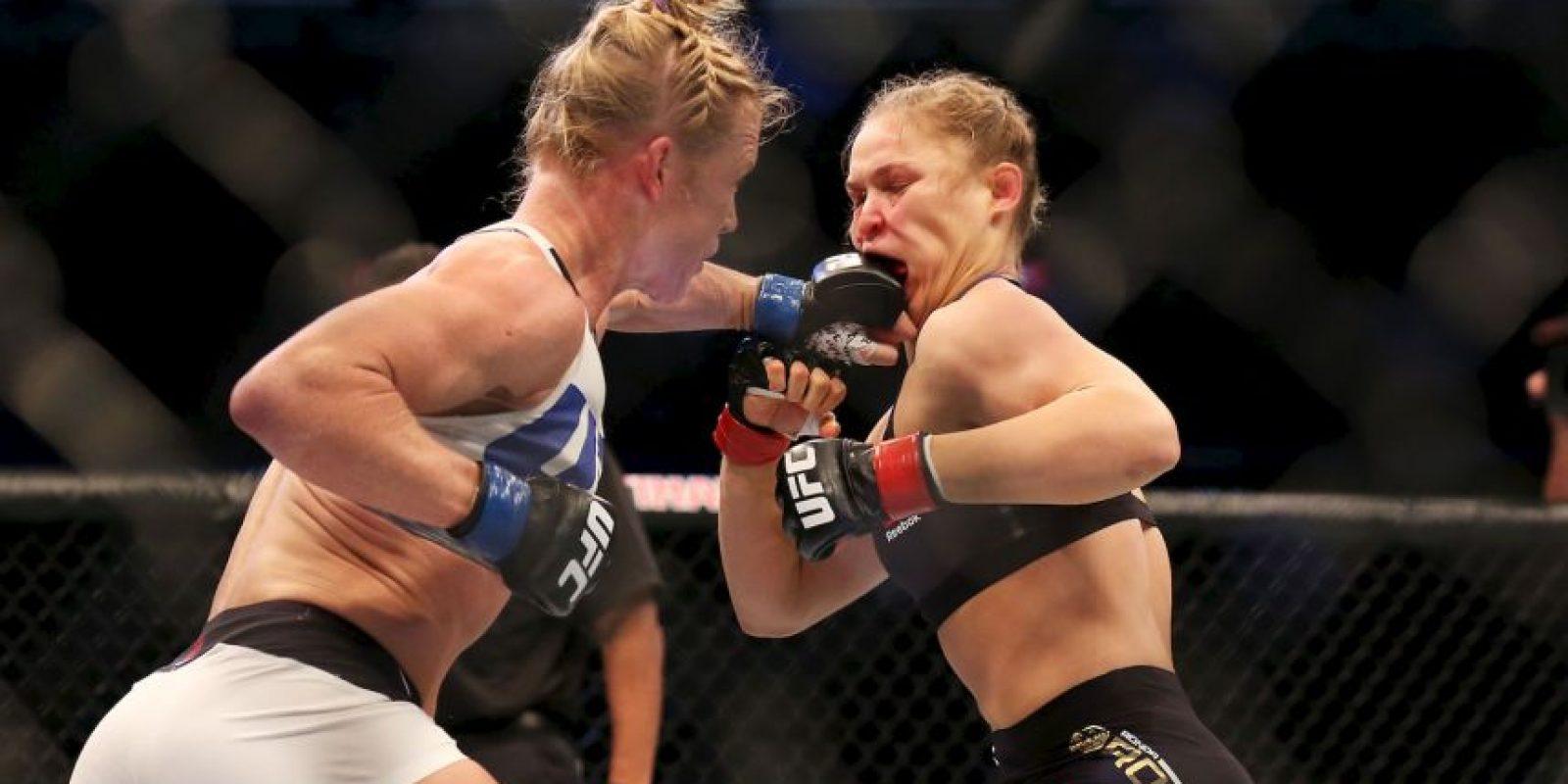 Ahora es la monarca de la UFC Foto:Getty Images