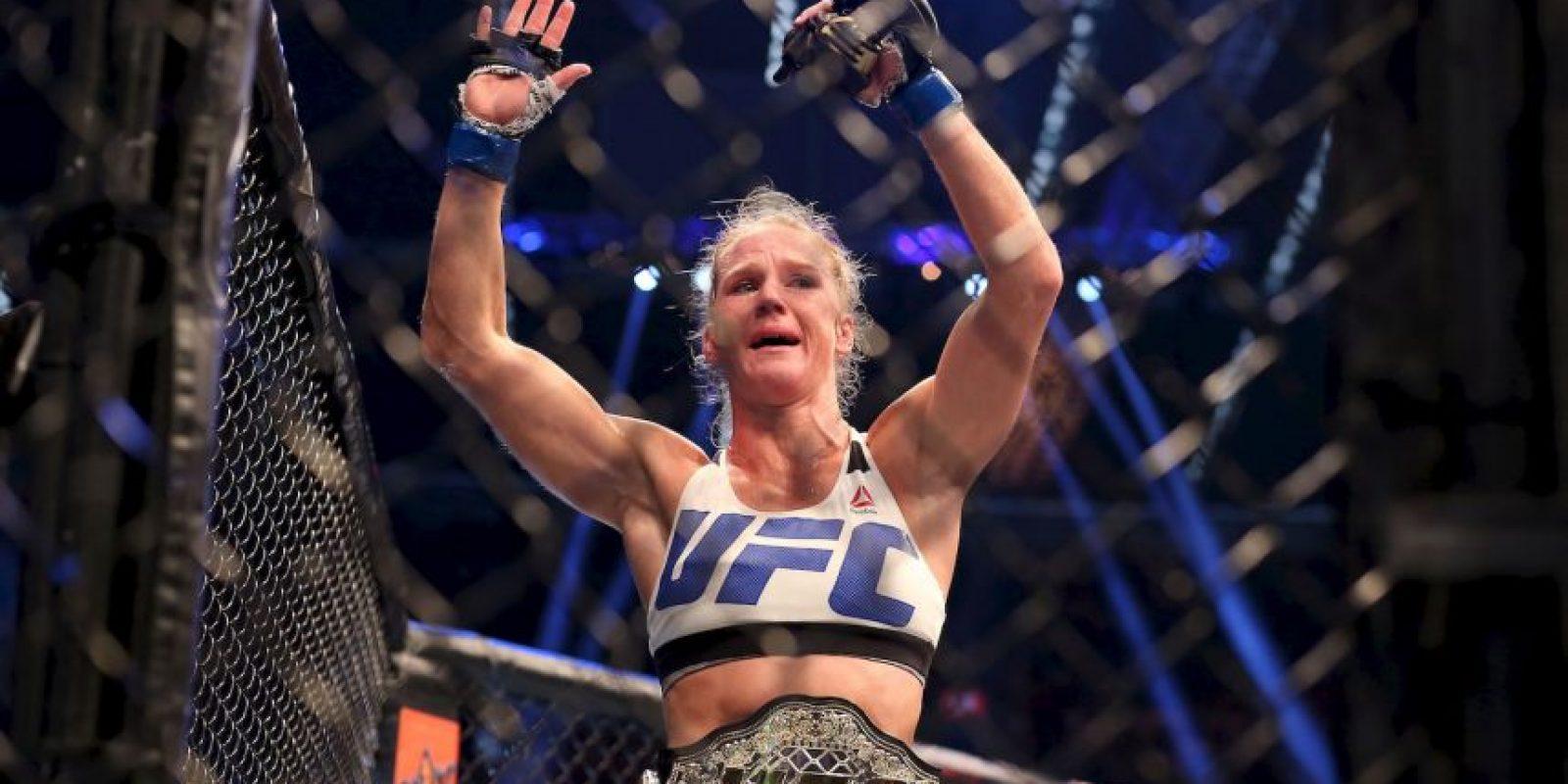 En las artes marciales mixtas tiene un récord de 10 peleas ganadas y ninguna perdida Foto:Getty Images