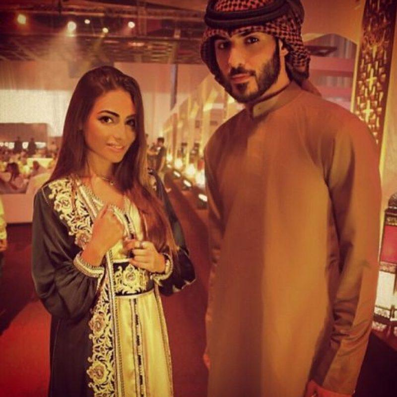 Aquí nuevamente con el guapo Omar. Foto:Vía Instagram/omarborkan