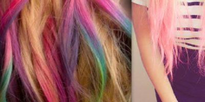 Esta joven de 17 años decidió pintarse el cabello de diversos colores, sin embargo, poco tiempo después comenzó a presentar síntomas muy extraños. Foto:Pinterest