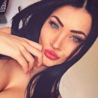 Su doble es Claudia Alende, una modelo brasileña. Foto:Vía instagram.com/claudiaalende