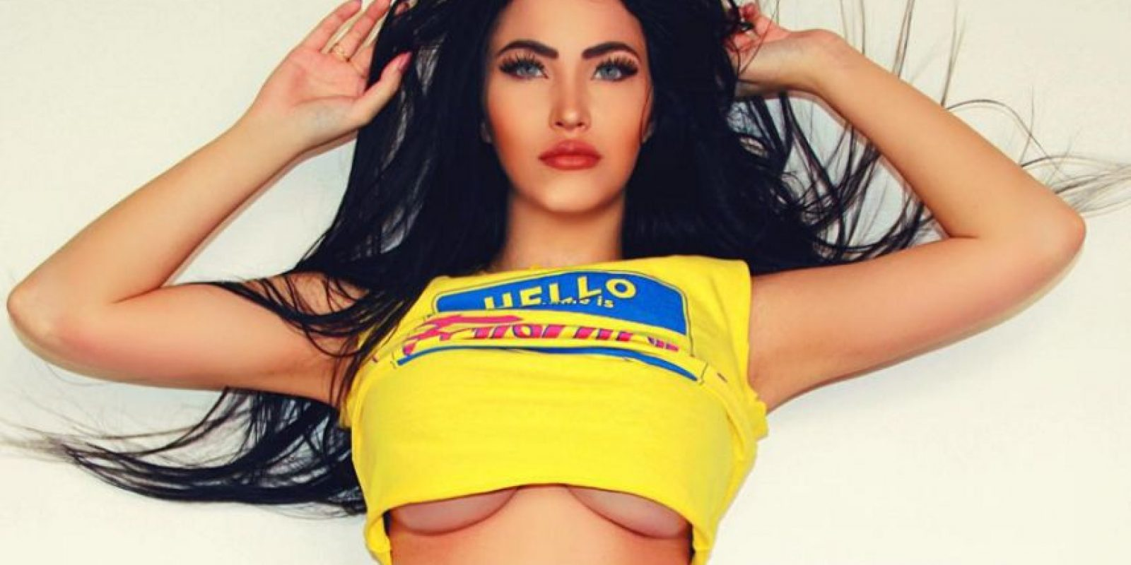 """Se hizo famosa por su parecido con la actriz y también por ser segundo lugar en el concurso """"Miss BumBum"""" de 2014. Foto:Vía instagram.com/claudiaalende"""