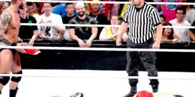 """9. Daniel Bryan. Obtuvo el campeonato en el SummerSlam de 2013, pero después fue sorprendio por Orton y su """"Dinero en el Banco"""" Foto:WWE"""