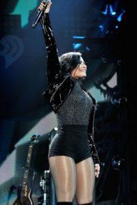 También es una de las estrellas que aprovecha los beneficios del Photoshop para enmarcar sus curvas. Foto:Getty Images