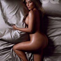 Antes de volver a quedar embarazada se aseguró de presumir su figura. Foto:GQ Magazine